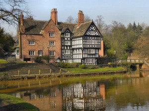 Packet House Worsley  – © Copyright David Dixon and licensed for reuse under this Creative Commons Licence